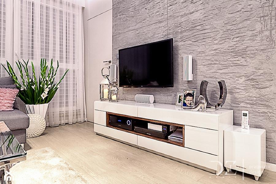 salon z kuchnią - zdjęcie od Pragmatic Design