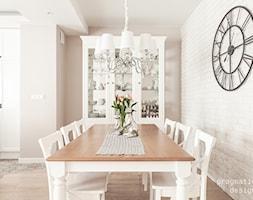 Jadalnia to strefa w otwartej przestrzeni - zdjęcie od Pragmatic Design - Homebook