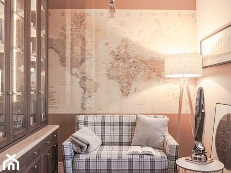 Aranżacje wnętrz - Biuro: Biuro w domu - Pragmatic Design. Przeglądaj, dodawaj i zapisuj najlepsze zdjęcia, pomysły i inspiracje designerskie. W bazie mamy już prawie milion fotografii!