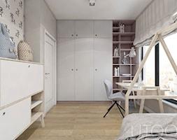 DZIEWCZĘCA SKANDYNAWIA - Średni szary pokój dziecka dla chłopca dla dziewczynki dla ucznia dla nastolatka, styl skandynawski - zdjęcie od UTOO- pracownia architektury wnętrz i krajobrazu