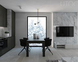 W CIEMNO - Mały biały salon z kuchnią z jadalnią, styl nowoczesny - zdjęcie od UTOO- pracownia architektury wnętrz i krajobrazu