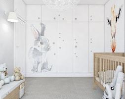 WŚRÓD ZWIERZĄT - Mały biały szary pokój dziecka dla chłopca dla dziewczynki dla niemowlaka, styl nowoczesny - zdjęcie od UTOO- pracownia architektury wnętrz i krajobrazu