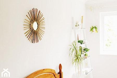 DIY: Jak w ciekawy sposób przyozdobić okrągłe lusterko?