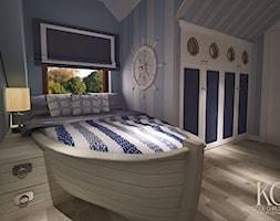 Pokój Marynarski - Średni biały pastelowy niebieski pokój dziecka dla chłopca dla nastolatka, styl glamour - zdjęcie od KCDESIGN