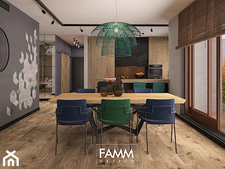 Aranżacje wnętrz - Jadalnia: LOFT LOVE - Średnia otwarta szara jadalnia w kuchni, styl industrialny - FAMM DESIGN. Przeglądaj, dodawaj i zapisuj najlepsze zdjęcia, pomysły i inspiracje designerskie. W bazie mamy już prawie milion fotografii!