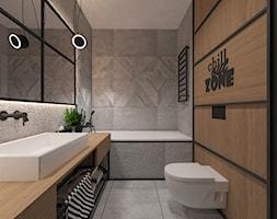INDUSTRIAL NA MOKOTOWIE - Średnia beżowa szara łazienka w domu jednorodzinnym bez okna, styl industrialny - zdjęcie od FAMM DESIGN