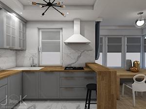 Eklektyczny dom - Średnia biała kuchnia w kształcie litery l w aneksie z oknem, styl klasyczny - zdjęcie od JoKDesign