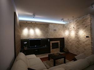 Dom_05 - Średni szary salon, styl nowoczesny - zdjęcie od JoKDesign