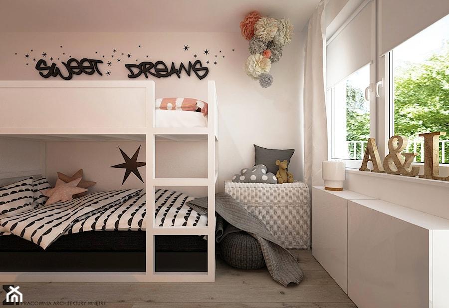 Pokoje dla nastolatków młodszych i najmłodszych - Średni biały pokój dziecka dla dziewczynki dla rodzeństwa dla malucha, styl skandynawski - zdjęcie od ELEMENTY
