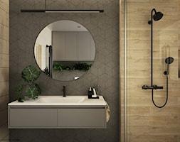Drewno + szarość - Średnia szara łazienka na poddaszu w bloku w domu jednorodzinnym, styl skandynawski - zdjęcie od ELEMENTY