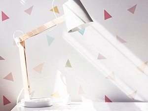 Pudrowo-miętowy pokój 6-letniej Zosi - Mały szary kolorowy pokój dziecka dla chłopca dla dziewczynki dla ucznia dla malucha dla nastolatka, styl skandynawski - zdjęcie od PX3 Pracownia Projektowa Prokopowicz