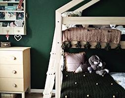 Zaczarowany las w bloku, czyli pokój Mateuszka i Natalki. - Mały zielony pokój dziecka dla chłopca dla dziewczynki dla malucha - zdjęcie od Olga Drozd