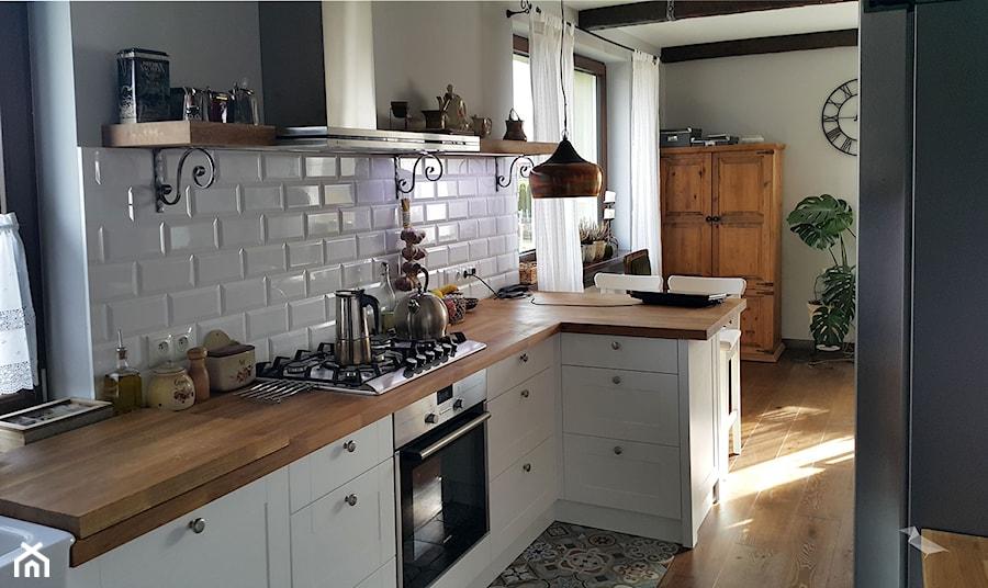 Płytki kuchenne  zdjęcie od Projekt Kawka -> Castorama Kuchnia Plytki