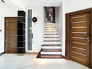 Dom jednorodzinny Biłgoraj - Średni biały hol / przedpokój, styl nowoczesny - zdjęcie od Auraprojekt