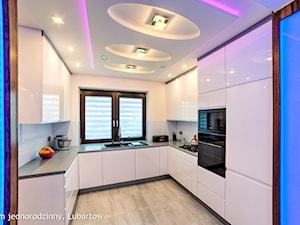 Dom jednorodzinny Lubartów - Średnia otwarta kuchnia w kształcie litery u, styl nowoczesny - zdjęcie od Auraprojekt