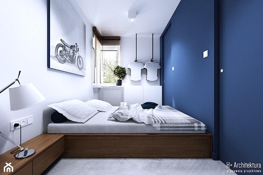 Chodźki   Lublin - Mała biała niebieska sypialnia małżeńska, styl nowoczesny - zdjęcie od H+ Architektura