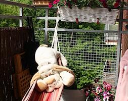 Balkonowy ogródek - Mały taras - zdjęcie od Monika Gnat