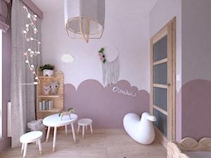 Pokój dla 3 latki - wersja 2 - Średni różowy pokój dziecka dla dziewczynki dla ucznia dla malucha, styl vintage - zdjęcie od DYLIK DESIGN