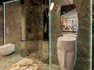 Łazienka w której klasyka spotyka nowoczesność