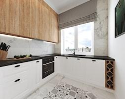 Mieszkanie w kamienicy - Średnia otwarta biała szara kuchnia w kształcie litery l z oknem, styl art deco - zdjęcie od Przestrzenie