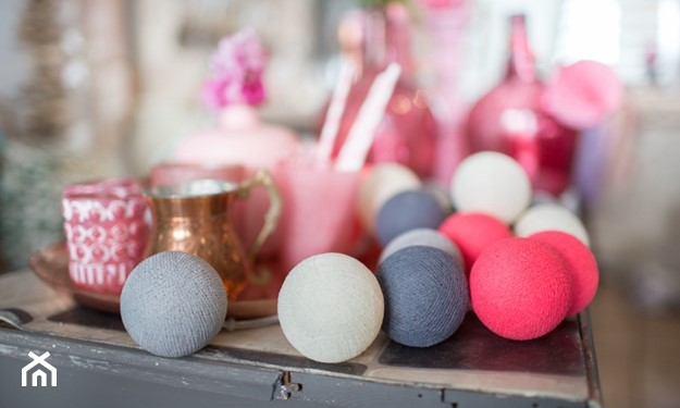 szaro - różowe cotton balls
