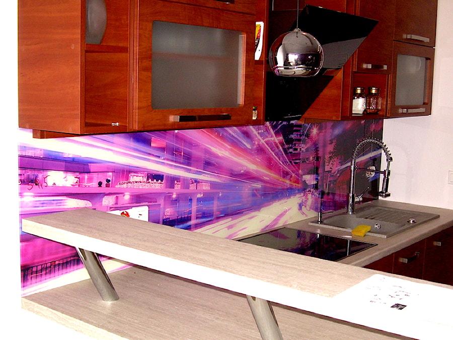 Szkło hartowane do kuchni  zdjęcie od DecoMania pl