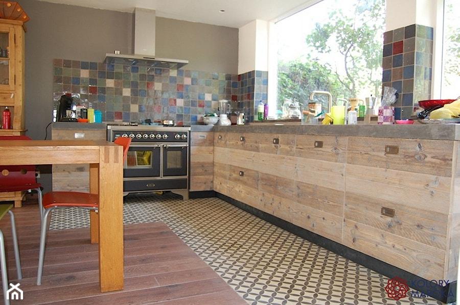 Płytki Cementowe W Kuchni Projekt Wnętrza Mieszkalnego Kolory