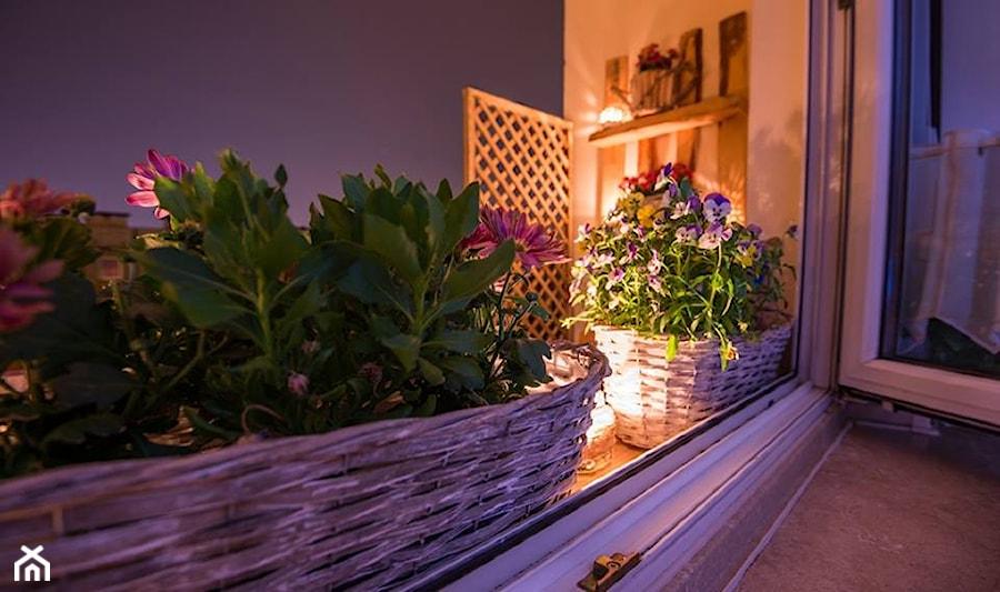 Balkon mój :) - Średni taras - zdjęcie od arabella2003