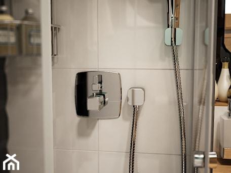 Aranżacje wnętrz - Łazienka: Łazienka w rozmiarze XS - Mała średnia łazienka w bloku w domu jednorodzinnym, styl nowoczesny - EnigmaVisualDesign. Przeglądaj, dodawaj i zapisuj najlepsze zdjęcia, pomysły i inspiracje designerskie. W bazie mamy już prawie milion fotografii!