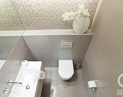 Penthouse Wilanów z tarasem - w duchu ponadczasowej elegancji - Mała beżowa łazienka w bloku bez okna, styl nowoczesny - zdjęcie od Chałupko Design