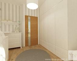 Projekt mieszkania 98 m2 w Wilanowie. - Mały biały szary pokój dziecka dla dziewczynki dla niemowlaka, styl eklektyczny - zdjęcie od 4ma projekt