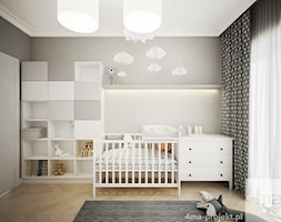 Klasycznie i ponadczasowo, 87m2 - Mały szary pokój dziecka dla chłopca dla dziewczynki dla niemowlaka, styl klasyczny - zdjęcie od 4ma projekt