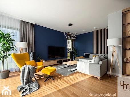 Aranżacje wnętrz - Salon: Mieszkanie o pow. 129 m2 - Mokotów - Średni szary biały niebieski salon, styl nowoczesny - 4ma projekt. Przeglądaj, dodawaj i zapisuj najlepsze zdjęcia, pomysły i inspiracje designerskie. W bazie mamy już prawie milion fotografii!