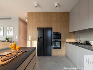 Mieszkanie o pow. 129 m2 - Mokotów - Duża otwarta szara kuchnia w kształcie litery l w aneksie z wyspą, styl nowoczesny - zdjęcie od 4ma projekt