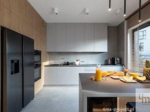 Mieszkanie o pow. 129 m2 - Mokotów - Duża zamknięta czarna kuchnia w kształcie litery l z oknem, styl nowoczesny - zdjęcie od 4ma projekt