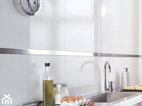 Aranżacje wnętrz - Kuchnia: VENIS Nival 33,3x100 - GALERIE VENIS DESIGN STUDIO. Przeglądaj, dodawaj i zapisuj najlepsze zdjęcia, pomysły i inspiracje designerskie. W bazie mamy już prawie milion fotografii!