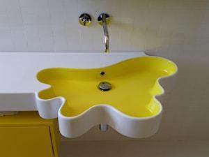 aranżacja wnętrz / projekt łazienki dla nastolatki