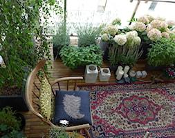 ...ze stolika - zdjęcie od magdam100@wp.pl