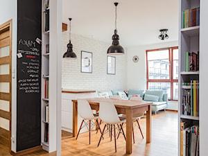 Warszawa, Wilanów - Mała otwarta biała jadalnia w kuchni - zdjęcie od Kameleon - Kreatywne Studio Projektowania Wnętrz