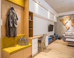 Mały kolorowy salon, styl nowoczesny - zdjęcie od Kameleon - Kreatywne Studio Projektowania Wnętrz