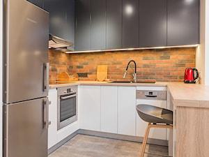 Mała otwarta kuchnia w kształcie litery u, styl industrialny - zdjęcie od Kameleon - Kreatywne Studio Projektowania Wnętrz