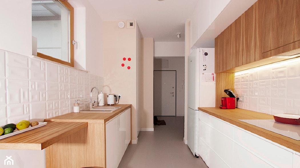 Gdy w kuchni nie ma miejsca na stół. Przegląd kreatywnych rozwiązań - Homebook.pl