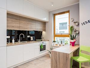 mieszkanie, Warszawa, Włochy - Mała otwarta szara kuchnia jednorzędowa, styl nowoczesny - zdjęcie od Kameleon - Kreatywne Studio Projektowania Wnętrz