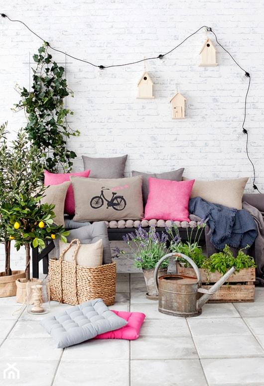 Jak urządzić balkon? - ciekawe pomysły na aranżację przestrzeni balkonowych - Taras, styl skandynawski - zdjęcie od MartaWieclawDesign - Homebook