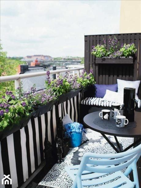 Jak urządzić balkon? - ciekawe pomysły na aranżację przestrzeni balkonowych - Mały taras, styl nowoczesny - zdjęcie od MartaWieclawDesign - Homebook