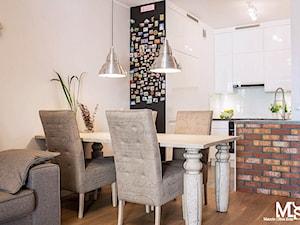 Kuchnia połączona z salonem - zdjęcie od BlueCat Studio