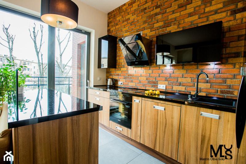 Loft Wrocław - Mała średnia beżowa brązowa kuchnia jednorzędowa w aneksie z wyspą, styl nowoczesny - zdjęcie od BlueCat Studio - Homebook