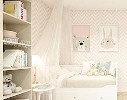 Piękna Praga - Średni szary pokój dziecka dla dziewczynki dla malucha dla nastolatka, styl klasyczn ... - zdjęcie od HoH studio - Homebook
