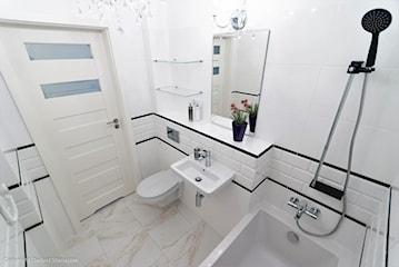 3 małe łazienki dla singla, pary i rodziny