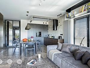 MIESZKANIE INDUSTRIALNE / WARSZAWA - Mała otwarta kuchnia w kształcie litery l w aneksie, styl industrialny - zdjęcie od ZEN Interiors